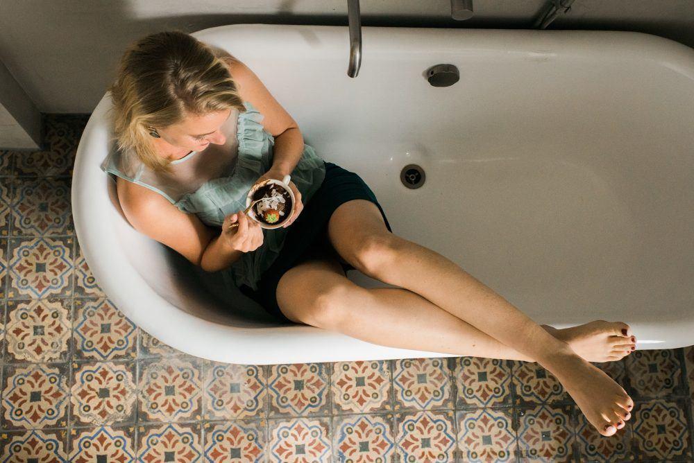 Waarom koolhydraatarm of ketogeen eten jouw zin in zoet niet altijd oplost. Een pleidooi voor het anti-dieet.