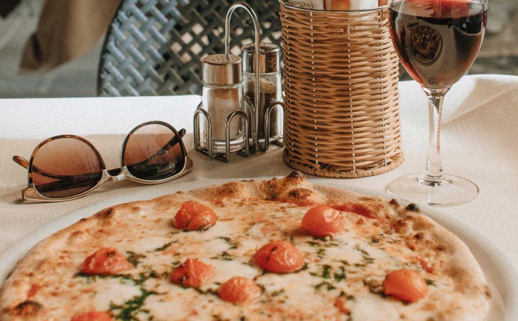 Wat je kunt leren van pizza en Eat Pray Love - Wat de dieetmentaliteit is, en hoe deze ertoe leidt dat je minder geniet van jouw eten